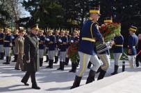 BIRINCI DÜNYA SAVAŞı - Hulusi Akar Romanya'da Türk Şehitliğini Ziyaret Etti