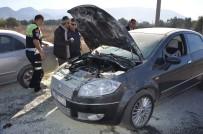 Milas'ta Seyir Halindeki Otomobil Alev Aldı