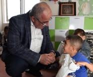 GÜNGÖR AZİM TUNA - Vali Tuna Suriyeli Misafirleri Ziyaret Etti