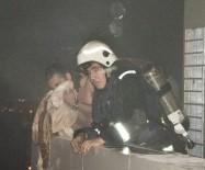 ALİ ÇETİNKAYA - Antalya'da AVM'de Yangın Paniği
