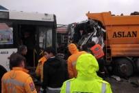 BELEDIYE OTOBÜSÜ - Başkent'te Trafik Kazası: 11 Yaralı