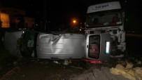 AHMET KAYA - Çarşamba'da Trafik Kazası: 2 Yaralı