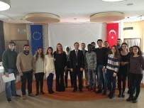 TRAKYA ÜNIVERSITESI - Edirne AB Bilgi Merkezi TÜ Öğrencileriyle Buluştu