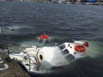 DEMIRLI - Edirne'de Şiddetli Rüzgar Tekneleri Vurdu