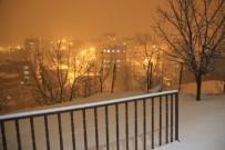 DOĞU ANADOLU - Hakkari'de Kar Kalınlığı 5 Santim Metreye Ulaştı