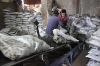 KAR TOPU - Kütahya'da Kar Etkisini Göstermeye Başladı