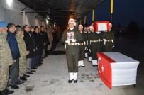 ŞERAFETTIN ELÇI - Şırnak Şehidi İçin Tören Düzenlendi