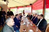 MUZAFFER ÇAKAR - Ak Partili Belediye Başkanları Malatya'da Buluştu