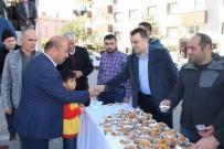 SELAHADDIN EYYUBI - Eczacılar Odası Cuma Namazı Sonrasında Vatandaşlara Tatlı İkram Etti