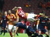 VOLKAN BABACAN - Galatasaray Evinde Yenildi