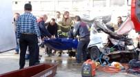 KATLIAM - İzmir'de feci kaza: 4 ölü, 1 yaralı