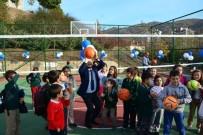 YEREL SEÇİMLER - Niksar'da Yapımı Tamamlanan Spor Alanları Açıldı
