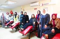 LÜTFIYE İLKSEN CERITOĞLU KURT  - AK Partili Kadınlardan Kan Bağışı