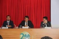 Burhaniye'de Üniversiteliler İçin Kariyer Semineri