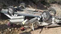 SERVERGAZI - Denizli'de Otomobil Uçurumdan Yuvarlandı Açıklaması 1 Ölü, 3 Yaralı