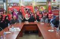 AK Partili Kadınlardan Kızılay'a Ziyaret