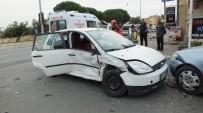Burhaniye'de Zincirleme Kaza Açıklaması 2 Yaralı