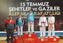KAĞıTSPOR - Büyükşehirli Karatecilere Rakip Dayanmıyor
