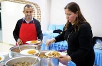 KADIN GİRİŞİMCİ - Gelir Kapısı Olan İstiridye Mantarı Yetiştiriciliğiyle, Göçün Önüne Geçilmek İsteniyor