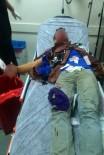 BIBER GAZı - Polise atmak istediği bomba elinde patladı