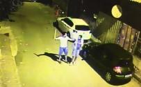 MEYDAN DAYAĞI - Suçüstü Yakalanan Hırsızlara Meydan Dayağı