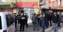PROVOKASYON - Bursa'da CHP Temsilciliğine Saldırı