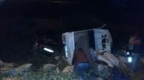 Fındık Yüklü Kamyonet İle Otomobil Çarpıştı Açıklaması 3 Yaralı