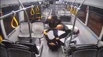 DEMIRLI - Otobüs Şoförünü Demir Çubukla Dövdüler