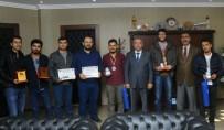 PEYAMİ BATTAL - Rektör Battal'dan Dereceye Girenlere Ödül