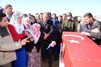 ŞEHİT CENAZESİ - Şehidin Cenazesinde Kürtçe Ağıtlar Yankılandı