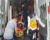 VAGON - Metroda Kalp Krizi Geçiren Yolcu Hastaneye Kaldırıldı