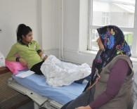 ÖĞRENCİ SERVİSİ - Öğrenci Minibüsü Kaza Yaptı Açıklaması 14 Yaralı