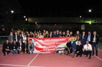 KARTAL BELEDİYE BAŞKANI - Tenisçilerden Tıp Öğrencilerine 40 Bin TL