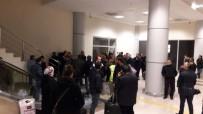 AHMED-I HANI - Ağrı Havalimanında Uçuş Gerginliği