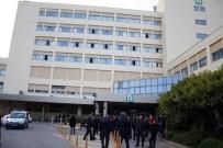 AKDENIZ ÜNIVERSITESI - Akdeniz Üniversitesinde İki Grup Öğrenci Arasında Kavga