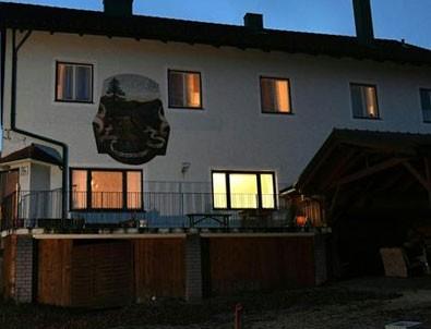 Avusturya'da bir evde 6 ceset bulundu