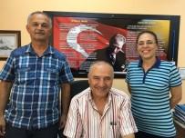 Burhaniye'de Müdür, Öğretmen Olan Eski Öğrencisi İle Görev Yapıyor
