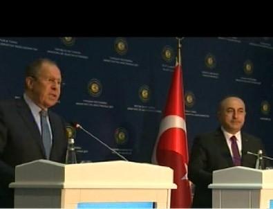 Lavrov'un Antalya'daki basın toplantısında çeviri hatası