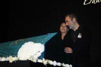 SERMİYAN MİDYAT - Erdal Tosun İçin Tiyatroya Adım Attığı BKM'de Tören