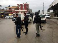 ZIRHLI ARAÇLAR - İhbara Giden Polise Silahlı Saldırı