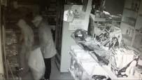 MARKET - Kapüşonlu Hırsızlar Güvenlik Kamerasına Takıldı