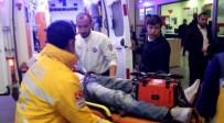TANDOĞAN - Öğrenci Servisine Çarpan Motosikletli Ağır Yaralandı