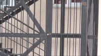 İŞ GÜVENLİĞİ - Türkiye'deki Yangın Merdiveni Kapılarının Kilitli Olmasının Nedeni