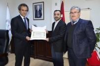 FAKÜLTE - Rektör Özer İlahiyat Fakültesi'ni Gezdi