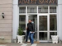 ZİYNET EŞYASI - Sahte Polisler Mezarlıkta Yakalandı