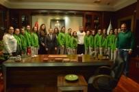 VOLEYBOL TAKIMI - Şampiyon Kızlar Ataç'a Hedeflerini Anlattı