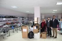 MOBİLYA - Üniversite Öğrencilerinden Belediye Sosyal Marketine Destek