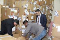 MEHMET NURİ ÇETİN - Varto'da 2 Bin 500 Öğrenciye Giyim Yardımı
