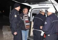 ALKOLLÜ SÜRÜCÜ - Alkollü Sürücü Levent Kırca'nın Trafik Skeçlerini Aratmadı