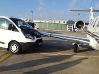 ZÜRIH - Atatürk Havalimanında Özel Jete Minibüs Çarptı